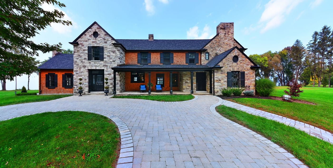 Front Residence View   Country Homes For Sale And Luxury Real Estate  Including Horse Farms And