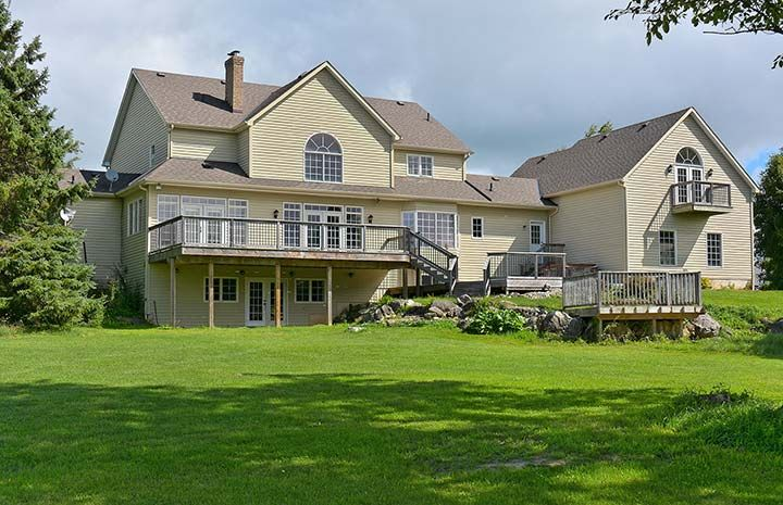 Long lane caledon caledon country homes luxury real for Country home builders near me