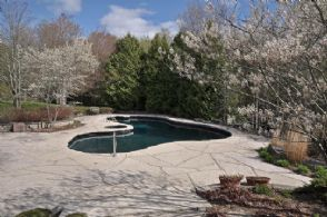 Inground Pool - Country homes for sale and luxury real estate including horse farms and property in the Caledon and King City areas near Toronto