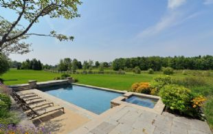 Pool and Hot Tub - Country homes for sale and luxury real estate including horse farms and property in the Caledon and King City areas near Toronto