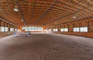 Indoor Arena - Country homes for sale and luxury real estate including horse farms and property in the Caledon and King City areas near Toronto