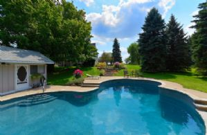 Pool Views - Country homes for sale and luxury real estate including horse farms and property in the Caledon and King City areas near Toronto