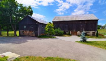 Stables and Driveshed - Country homes for sale and luxury real estate including horse farms and property in the Caledon and King City areas near Toronto