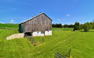 Century Barn, Hockley - Country Homes for sale and Luxury Real Estate in Caledon and King City including Horse Farms and Property for sale near Toronto