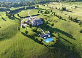 Stoneridge Hall - Country Homes for sale and Luxury Real Estate in Caledon and King City including Horse Farms and Property for sale near Toronto