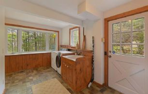 Laundry/Mudroom - Country homes for sale and luxury real estate including horse farms and property in the Caledon and King City areas near Toronto