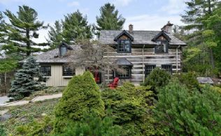 King Character Home - Country Homes for sale and Luxury Real Estate in Caledon and King City including Horse Farms and Property for sale near Toronto