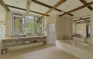 Master En Suite with Heated Floors and Steam Shower - Country homes for sale and luxury real estate including horse farms and property in the Caledon and King City areas near Toronto