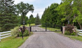 Premiere Horse Farm - Country Homes for sale and Luxury Real Estate in Caledon and King City including Horse Farms and Property for sale near Toronto