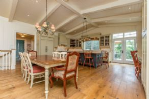 Kitchen/Dining Area - Country homes for sale and luxury real estate including horse farms and property in the Caledon and King City areas near Toronto