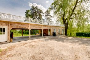 Studio/Carport - Country homes for sale and luxury real estate including horse farms and property in the Caledon and King City areas near Toronto