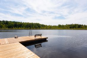 Harris Lake - Country Homes for sale and Luxury Real Estate in Caledon and King City including Horse Farms and Property for sale near Toronto