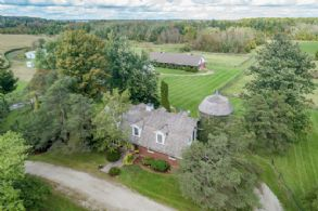 Caledon Heath Farm - Country Homes for sale and Luxury Real Estate in Caledon and King City including Horse Farms and Property for sale near Toronto