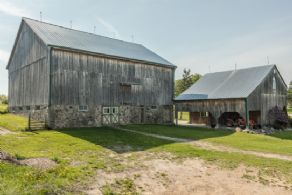Restored Barn - Country homes for sale and luxury real estate including horse farms and property in the Caledon and King City areas near Toronto