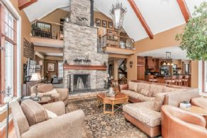 2-storey Great Room - Country homes for sale and luxury real estate including horse farms and property in the Caledon and King City areas near Toronto
